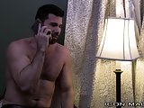 Billy Santoro Seduces Hunky Straight Masseur